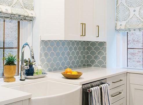 Precious Gems Essentials Glass Tile