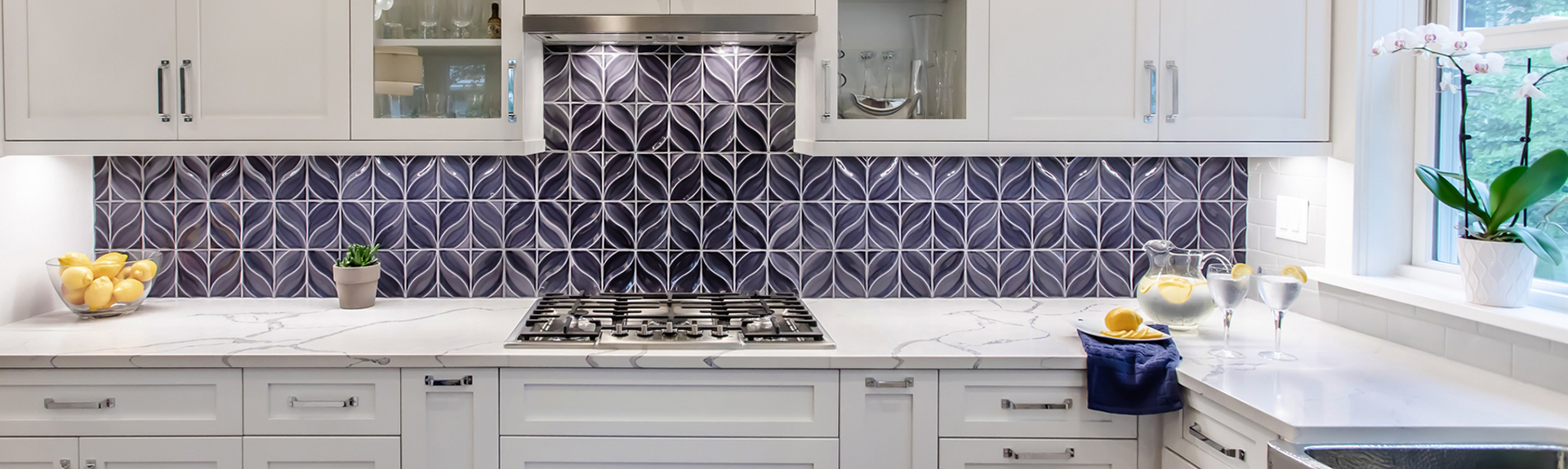 Stellar Dahlia Fontain Backsplash Kitchen with white cabinets